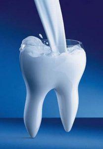 Действительно ли причиной проблем с зубами при беременности является недостаток кальция?